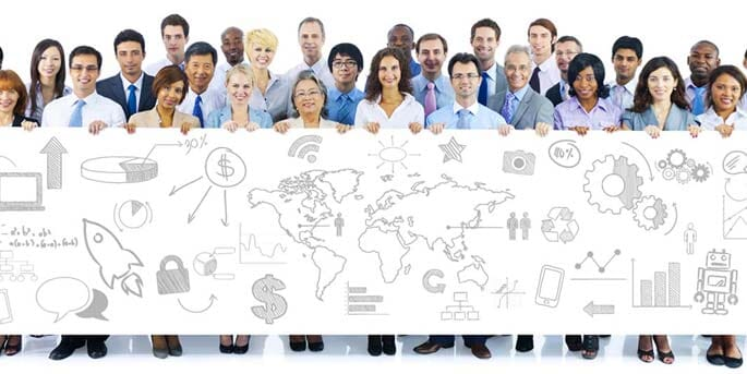 Mitarbeiter halten Workflow-Chart